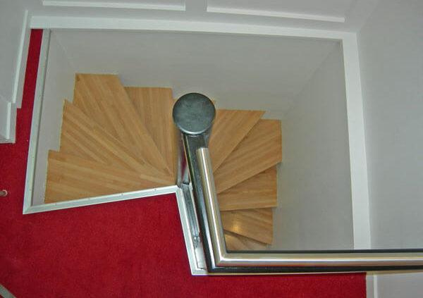 Escalier en colimaçon - Menuiserie Agencement Général 44 à Nantes (44)